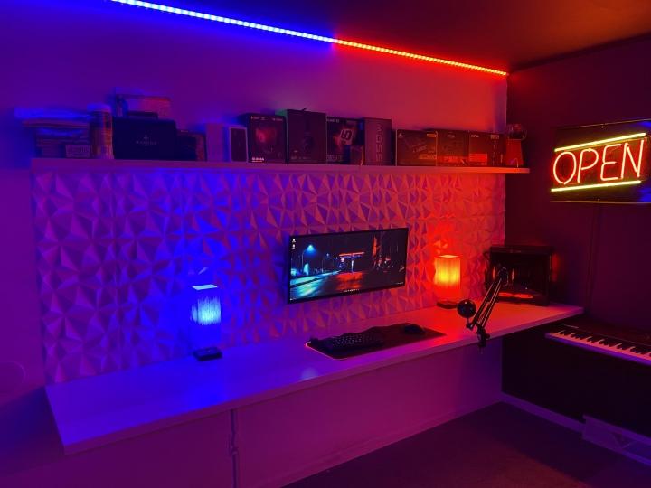Show_Your_PC_Desk_UltlaWideMonitor_Part77_22.jpg
