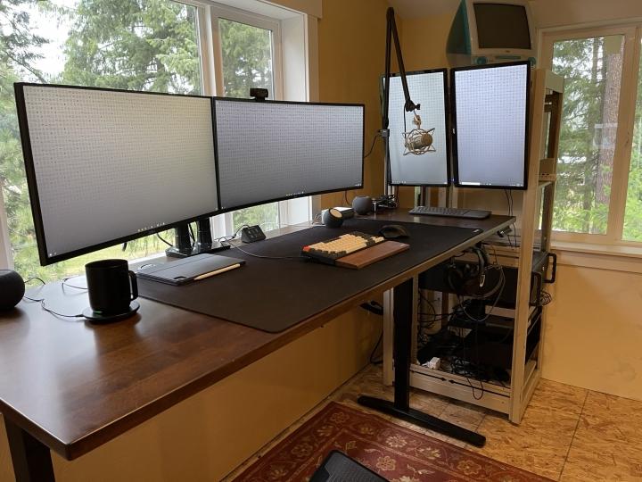 Show_Your_PC_Desk_UltlaWideMonitor_Part77_31.jpg
