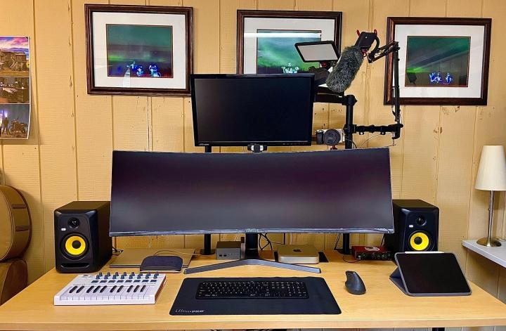 Show_Your_PC_Desk_UltlaWideMonitor_Part77_39.jpg