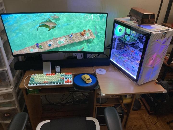 Show_Your_PC_Desk_UltlaWideMonitor_Part77_61.jpg