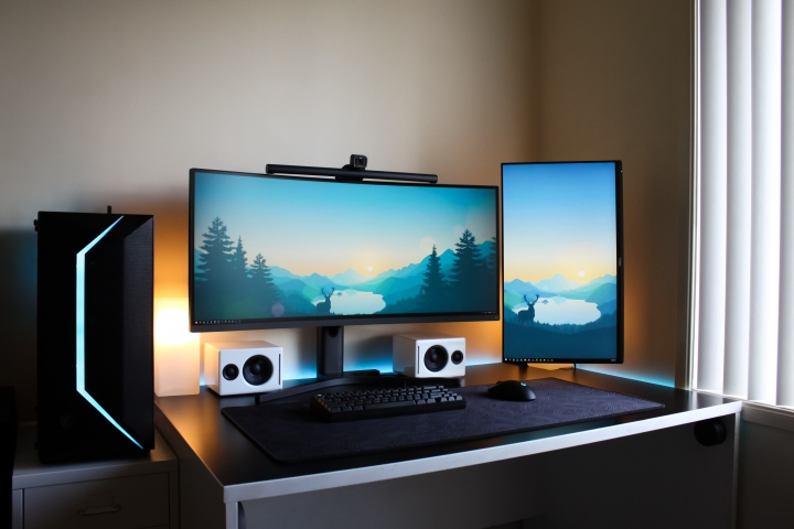 Show_Your_PC_Desk_UltlaWideMonitor_Part77_67.jpg