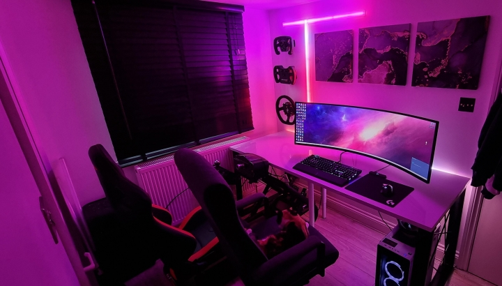 Show_Your_PC_Desk_UltlaWideMonitor_Part77_81.jpg