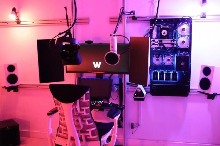 Show_Your_PC_Desk_UltlaWideMonitor_Part77_82.jpg