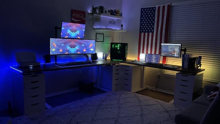 Show_Your_PC_Desk_UltlaWideMonitor_Part77_91.jpg