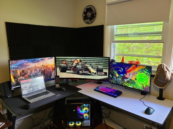 Show_Your_PC_Desk_UltlaWideMonitor_Part77_97.jpg