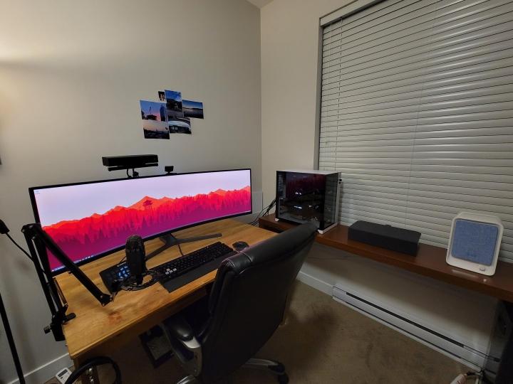 Show_Your_PC_Desk_UltlaWideMonitor_Part77_99.jpg