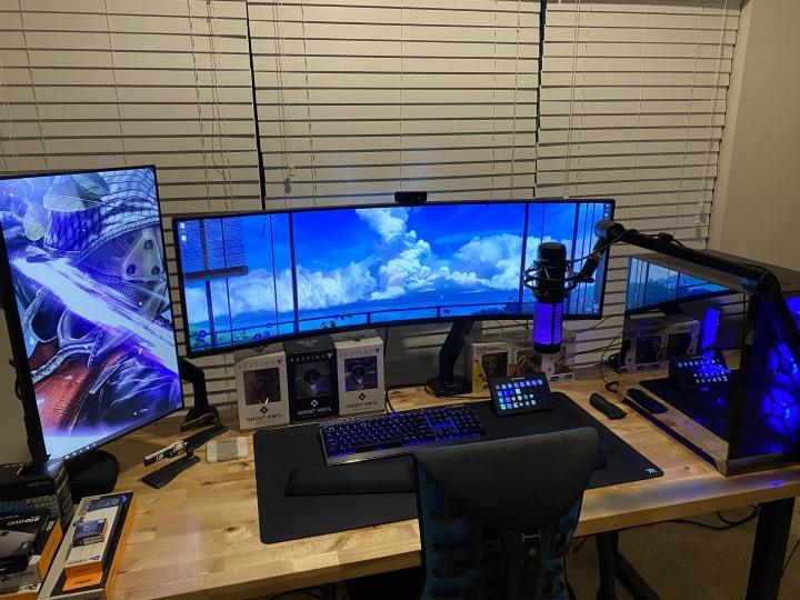 Show_Your_PC_Desk_UltlaWideMonitor_Part78_33.jpg