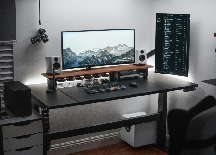 Show_Your_PC_Desk_UltlaWideMonitor_Part78_62.jpg