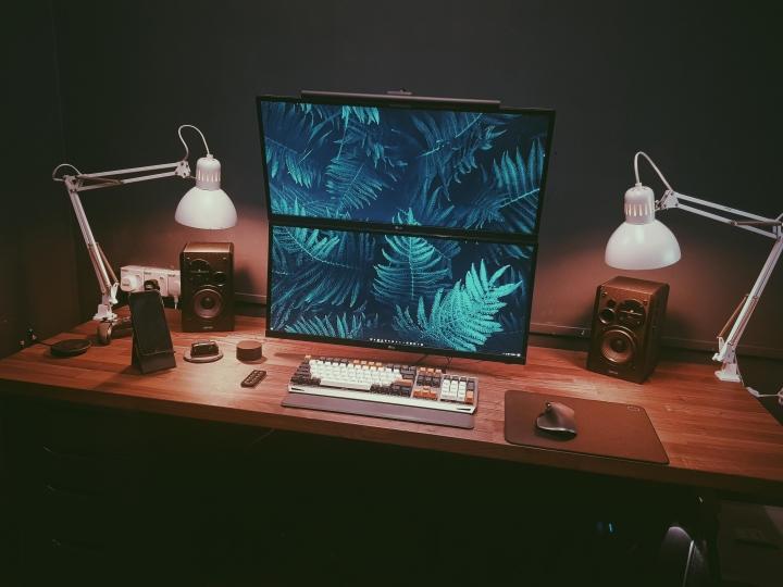 Show_Your_PC_Desk_UltlaWideMonitor_Part78_79.jpg