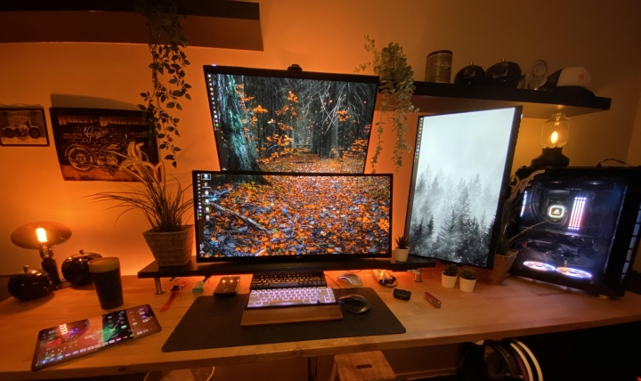 Show_Your_PC_Desk_UltlaWideMonitor_Part78_84.jpg