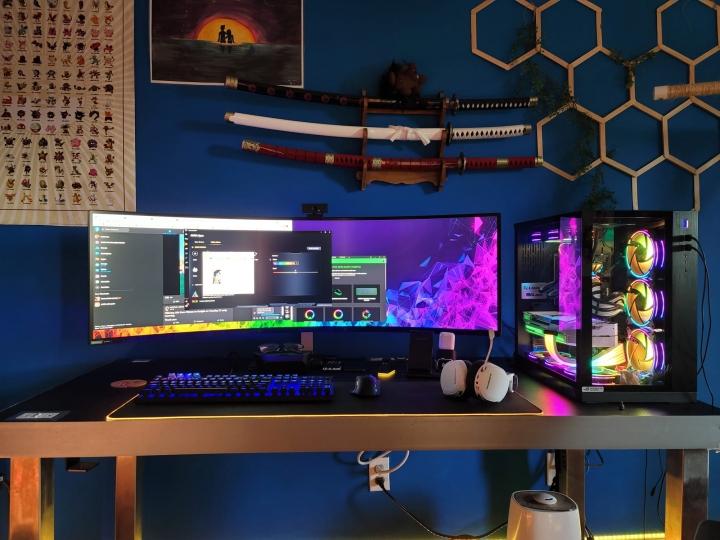 Show_Your_PC_Desk_UltlaWideMonitor_Part78_94.jpg