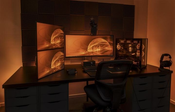 Show_Your_PC_Desk_UltlaWideMonitor_Part79_07.jpg