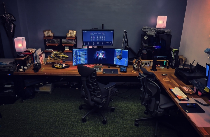 Show_Your_PC_Desk_UltlaWideMonitor_Part79_36.jpg
