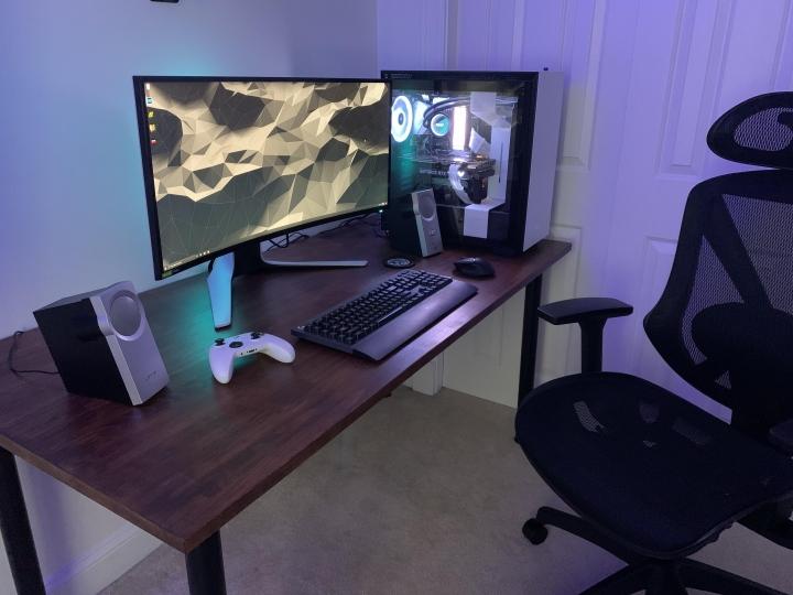 Show_Your_PC_Desk_UltlaWideMonitor_Part79_54.jpg