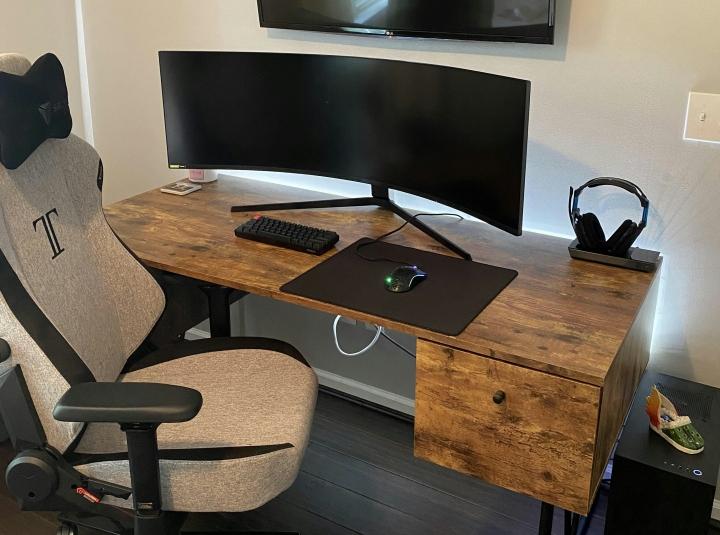 Show_Your_PC_Desk_UltlaWideMonitor_Part79_56.jpg