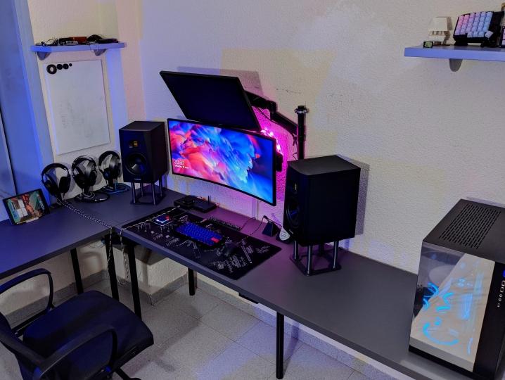 Show_Your_PC_Desk_UltlaWideMonitor_Part79_99-.jpg