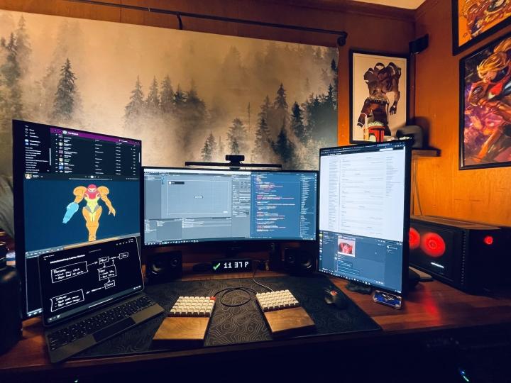 Show_Your_PC_Desk_UltlaWideMonitor_Part80_04.jpg