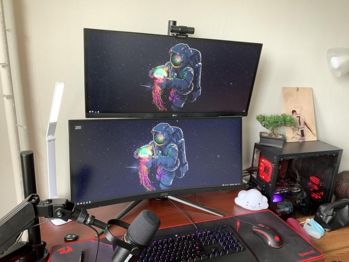 Show_Your_PC_Desk_UltlaWideMonitor_Part80_13.jpg