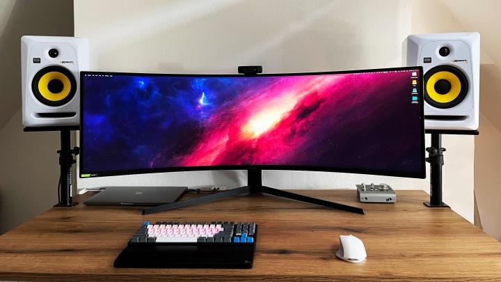 Show_Your_PC_Desk_UltlaWideMonitor_Part80_15.jpg