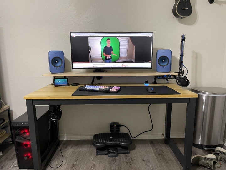 Show_Your_PC_Desk_UltlaWideMonitor_Part80_17.jpg