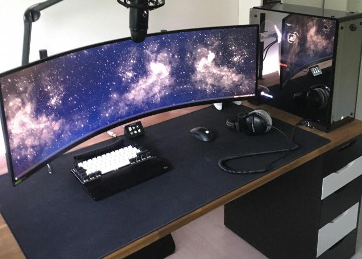 Show_Your_PC_Desk_UltlaWideMonitor_Part80_23.jpg