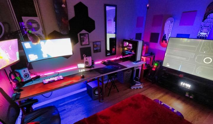 Show_Your_PC_Desk_UltlaWideMonitor_Part80_42.jpg