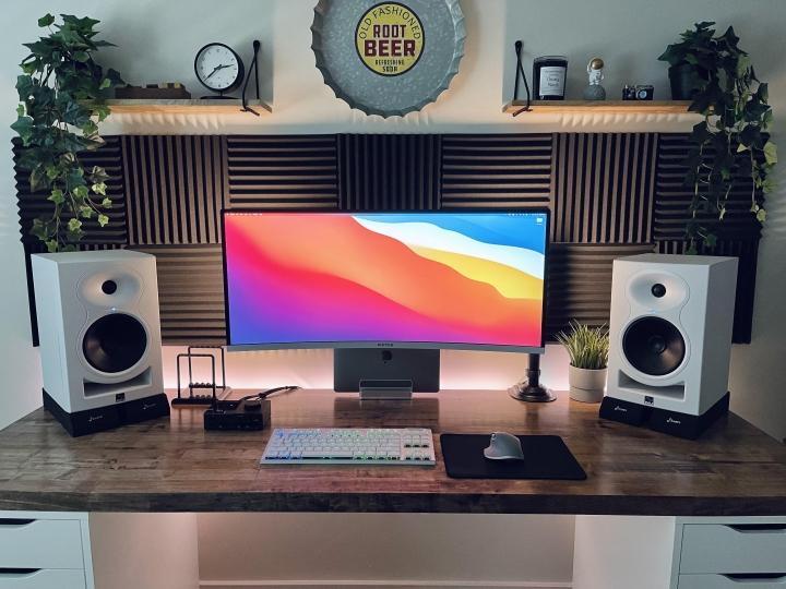 Show_Your_PC_Desk_UltlaWideMonitor_Part80_48.jpg