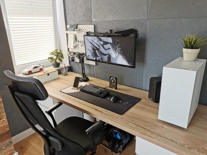 Show_Your_PC_Desk_UltlaWideMonitor_Part80_58.jpg