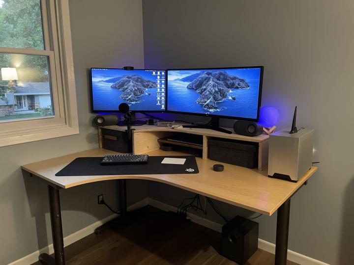Show_Your_PC_Desk_UltlaWideMonitor_Part80_60.jpg