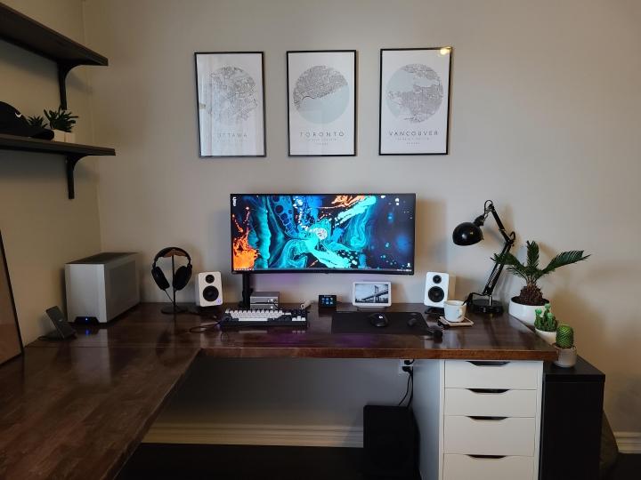 Show_Your_PC_Desk_UltlaWideMonitor_Part80_73.jpg