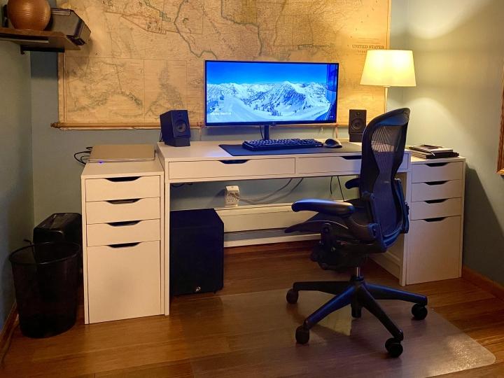 Show_Your_PC_Desk_UltlaWideMonitor_Part80_90.jpg