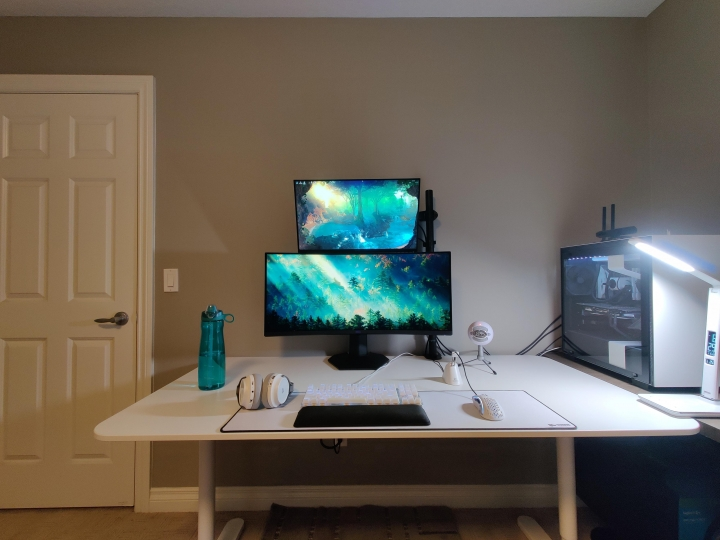Show_Your_PC_Desk_UltlaWideMonitor_Part80_98.jpg