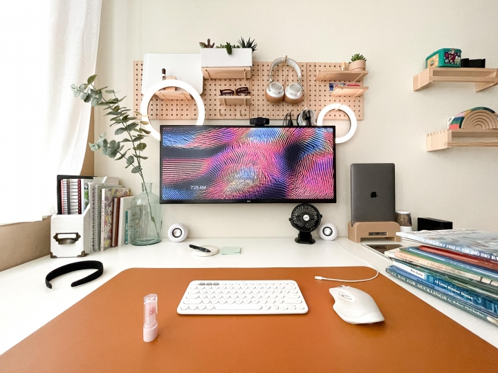 Show_Your_PC_Desk_UltlaWideMonitor_Part81_04.jpg