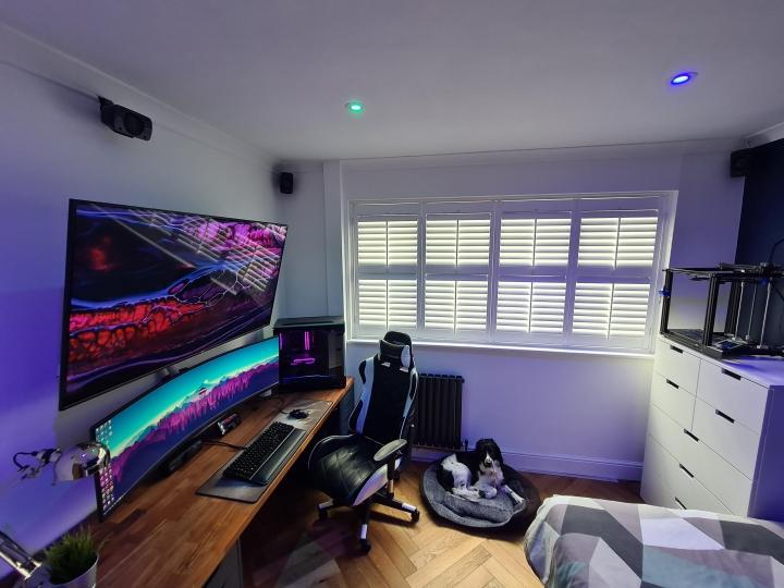 Show_Your_PC_Desk_UltlaWideMonitor_Part81_100.jpg