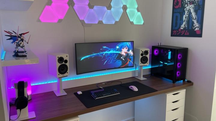 Show_Your_PC_Desk_UltlaWideMonitor_Part81_16.jpg