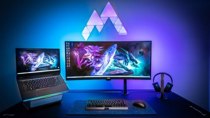 Show_Your_PC_Desk_UltlaWideMonitor_Part81_17.jpg