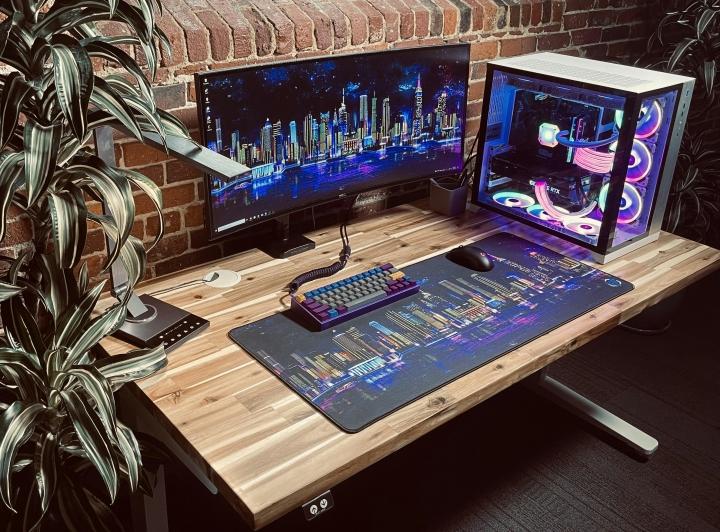 Show_Your_PC_Desk_UltlaWideMonitor_Part81_19.jpg