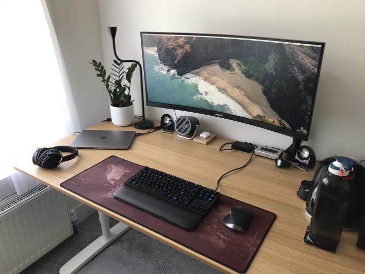 Show_Your_PC_Desk_UltlaWideMonitor_Part81_23.jpg