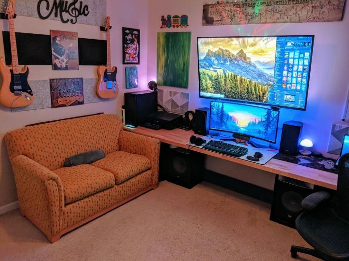 Show_Your_PC_Desk_UltlaWideMonitor_Part81_32.jpg