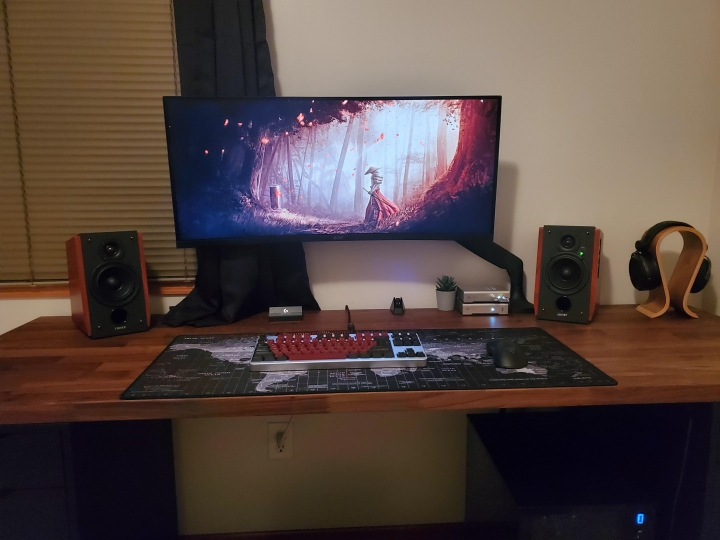 Show_Your_PC_Desk_UltlaWideMonitor_Part81_39.jpg