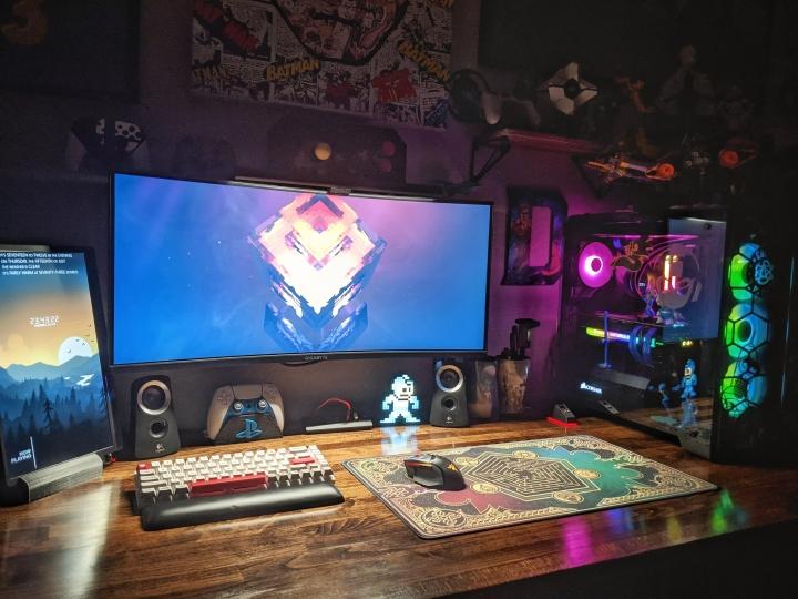 Show_Your_PC_Desk_UltlaWideMonitor_Part81_48.jpg