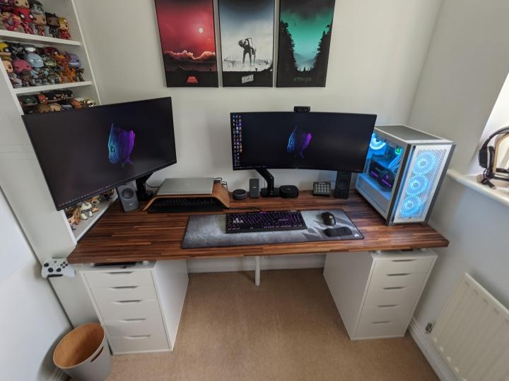 Show_Your_PC_Desk_UltlaWideMonitor_Part81_51.jpg
