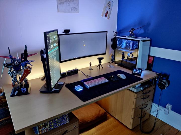 Show_Your_PC_Desk_UltlaWideMonitor_Part81_69.jpg