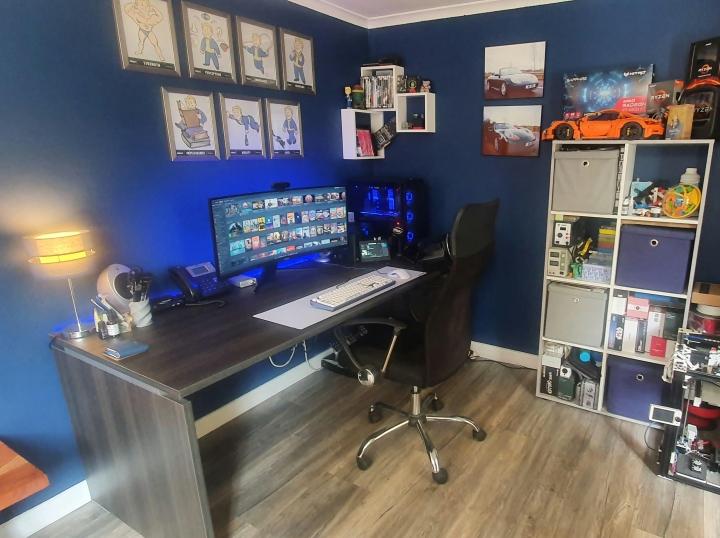 Show_Your_PC_Desk_UltlaWideMonitor_Part81_87.jpg