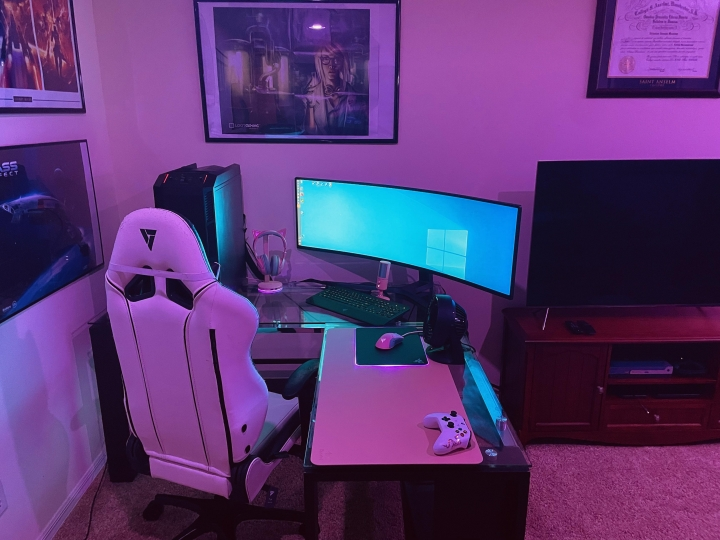 Show_Your_PC_Desk_UltlaWideMonitor_Part82_05.jpg