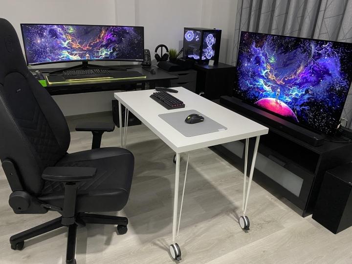 Show_Your_PC_Desk_UltlaWideMonitor_Part82_13.jpg