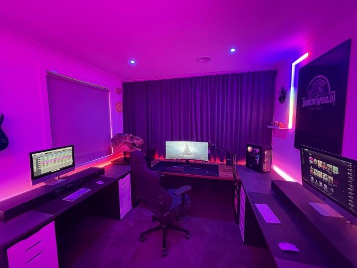 Show_Your_PC_Desk_UltlaWideMonitor_Part82_25.jpg