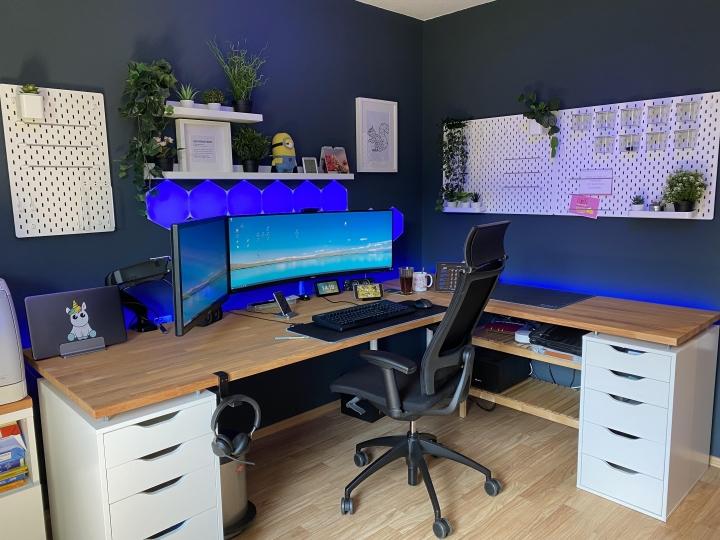 Show_Your_PC_Desk_UltlaWideMonitor_Part82_27.jpg