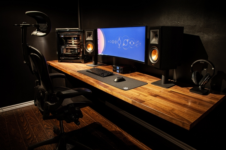 Show_Your_PC_Desk_UltlaWideMonitor_Part82_41.jpg