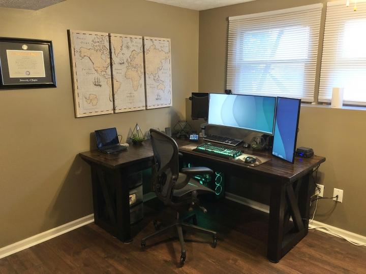 Show_Your_PC_Desk_UltlaWideMonitor_Part82_44.jpg
